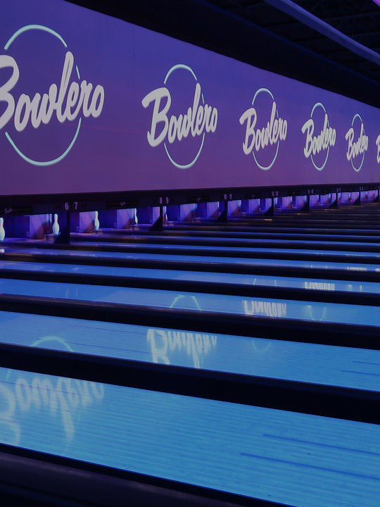 Lanes with a blue coloring