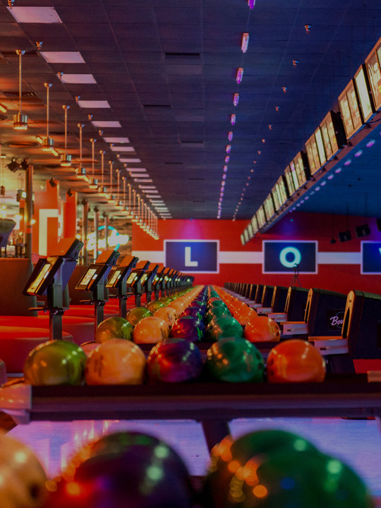 Ball returns and bowling lanes