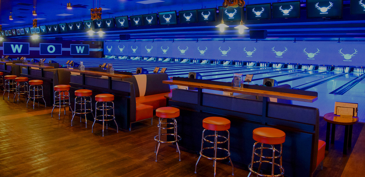 Bowling Alley & Party Venue in Eden Prairie | Bowlero