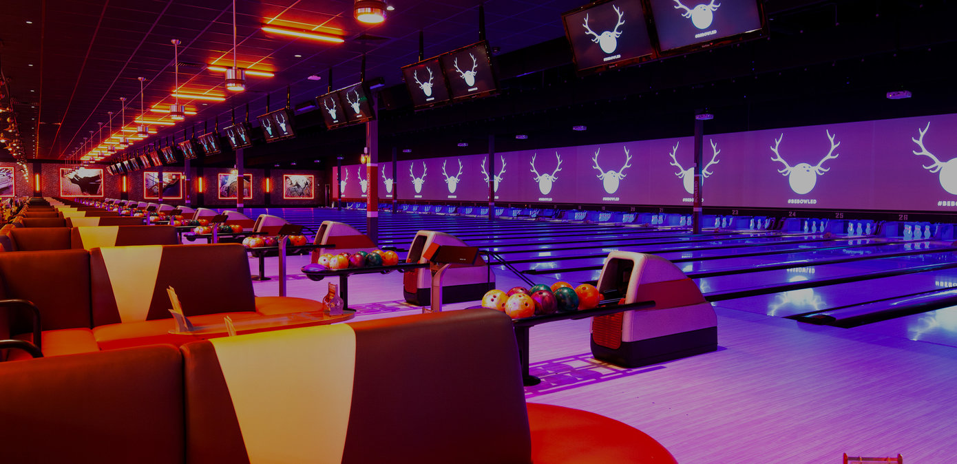 Bowling and Lounge Area & Sports Bar in North Scottsdale