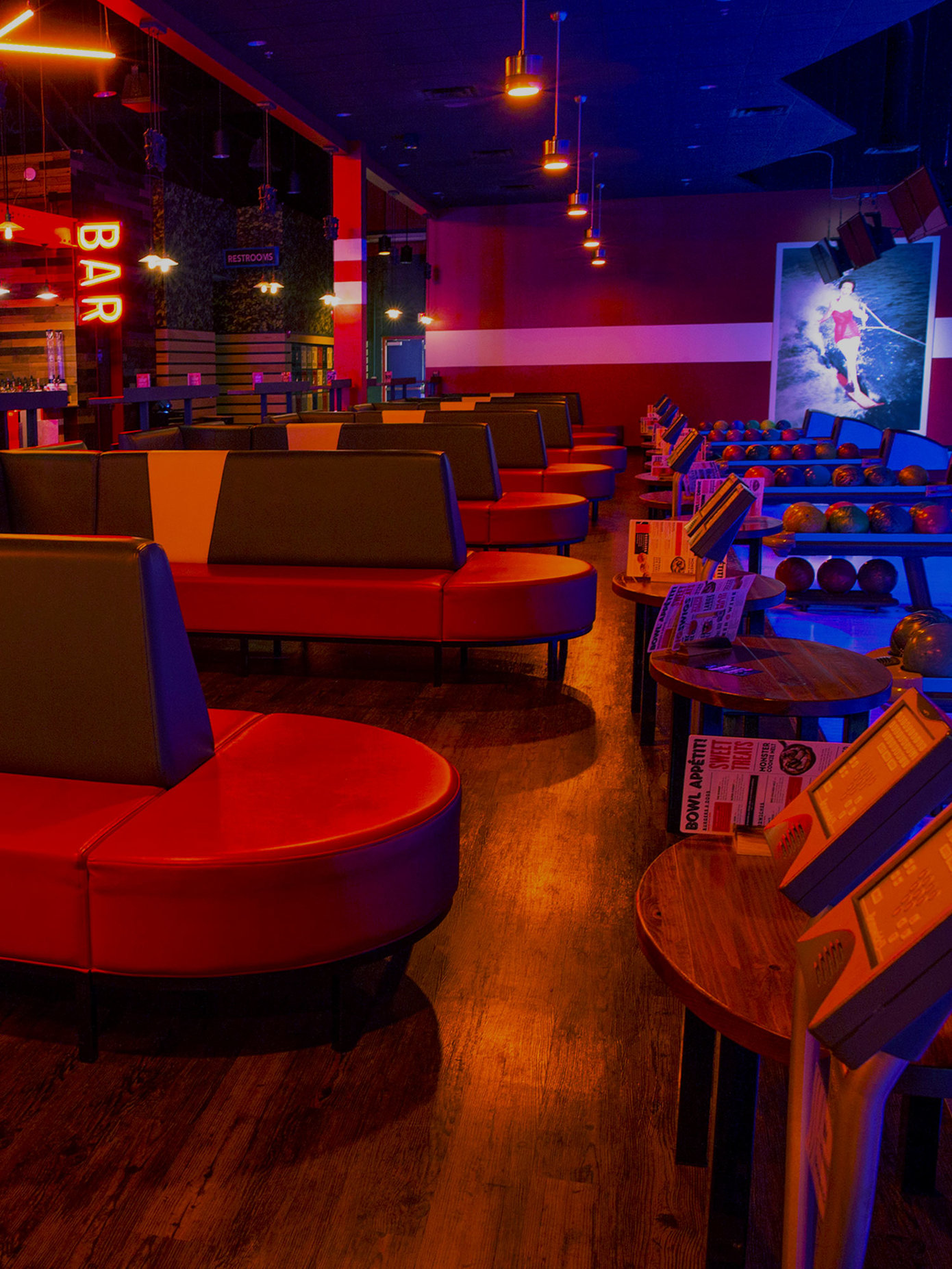 Bowling lanes and seating at Bowlero St. Peters
