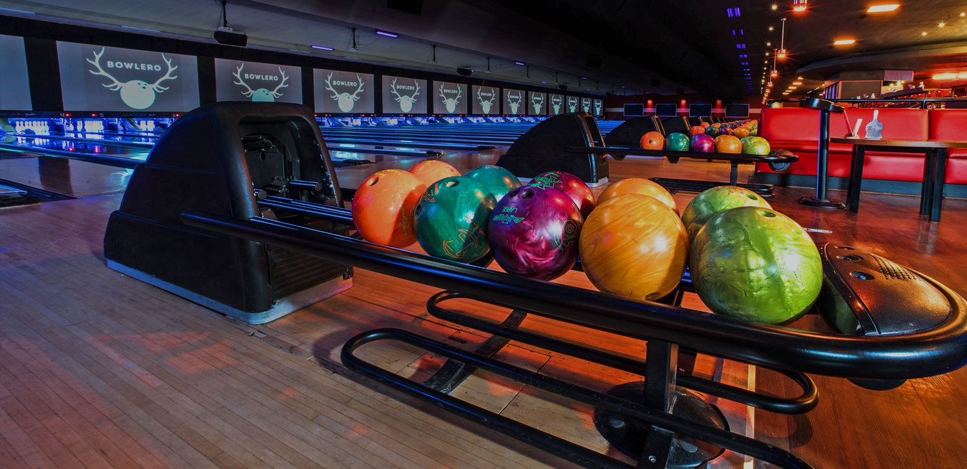 Lanes and ball returns at Bowlero Torrance