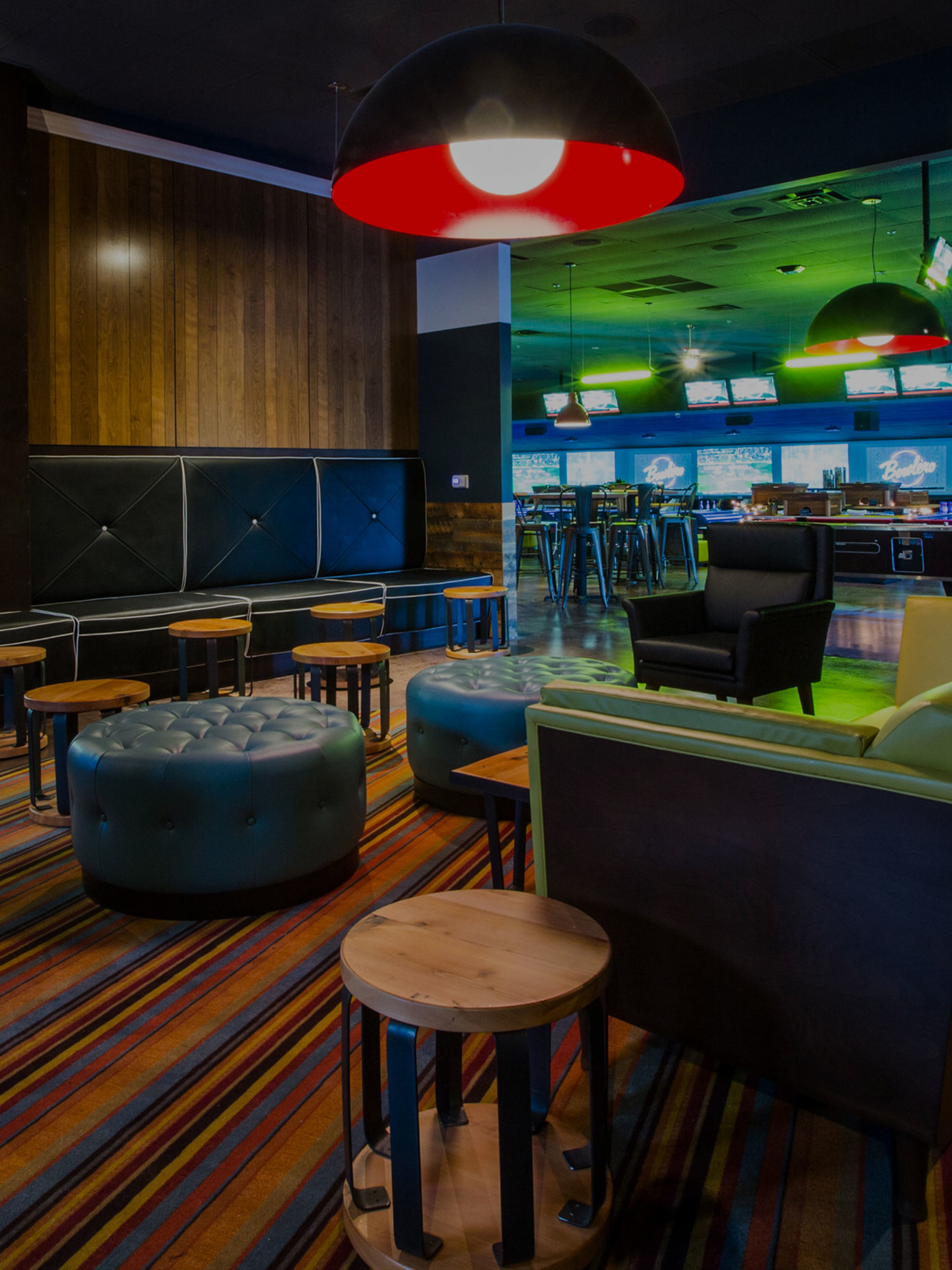 Bowling Alley Lounge Area In The Woodlands Tx Bowlero