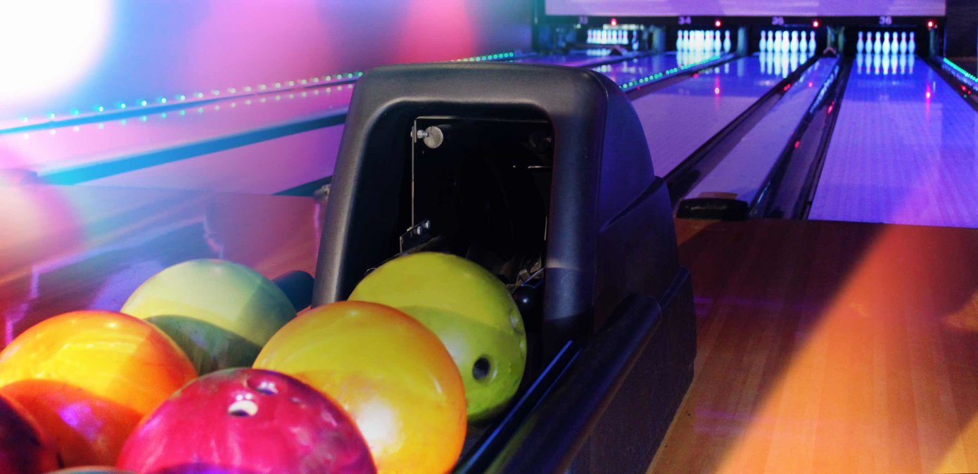 Bowling Alley & Party Venue in Avondale | Bowlero